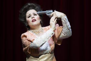 LINDA DI CHAMOUNIX (G. Donizetti), Rolle: Linda, Stadttheater Gießen - Foto: Rolf K. Wegst